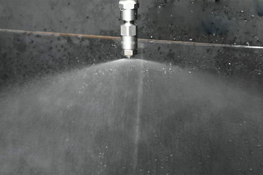 AAZ-fine-misting-nozzle---LNN-W-model-spraying-effect