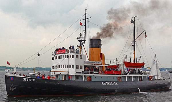 spiral nozzle gas scrubbing for ship